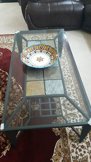Glass coffee table for Sale in Manassas, VA