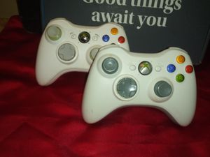 Xbox360 Wireless Controllers for Sale in Clarksville, TN