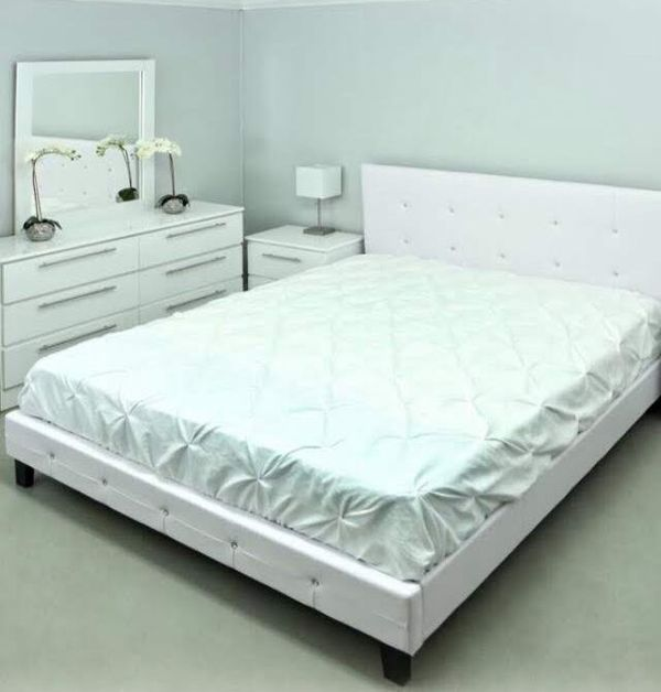 Brand new leather queen diamond bedroom set 4 pc no mattress bed frame dresser mirror and 1 nightstand
