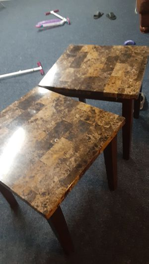 2 End Tables...FREE!!!! for Sale in Bakersfield, CA