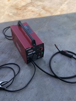 Lincoln Electric MIG welder (LIKE NEW) for Sale in Hawthorne,  CA