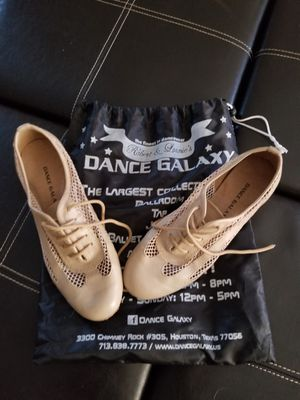 Dance shoes size 8 for Sale in Porter, TX