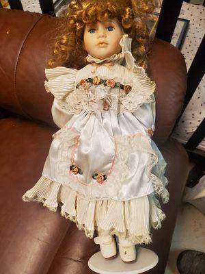 Antique doll for Sale in Hendersonville, TN