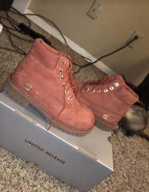timberland boots size 3y color red/gum used 2 times for Sale in Arlington, TX