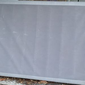 FREE Queen Box Spring for Sale in Miami, FL