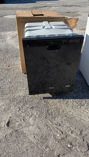 Whirlpool dishwasher for Sale in Ruskin, FL