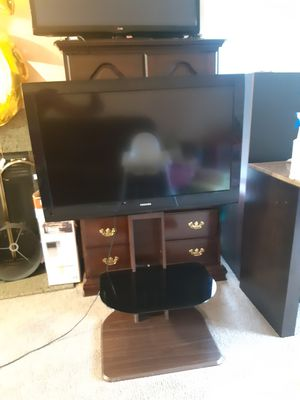 TV with Mount and stand for Sale in Seattle, WA