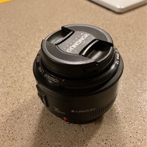 Yongnuo EF 35mm F/2 for Canon for Sale in Beaverton, OR
