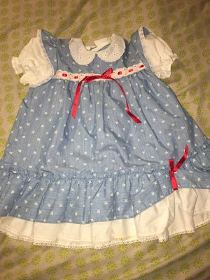 Vintage Girls Dress Size 4 Blue with White Flowers and Red Ribbon for Sale in Fort Worth, TX