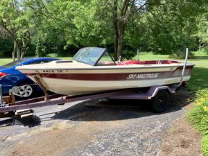 1985 Ski Nautique 2001 for Sale in Long Grove, IL