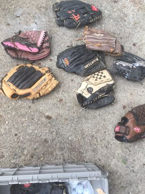 Softball and baseball gloves $20 each for Sale in Reynoldsburg, OH