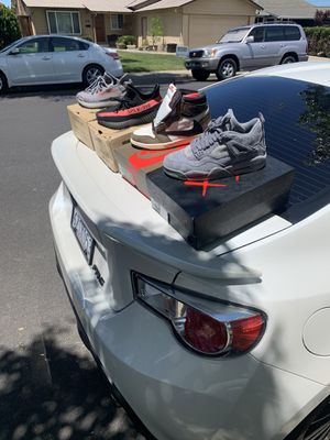 Jordan's and yeezys for Sale in Livermore, CA