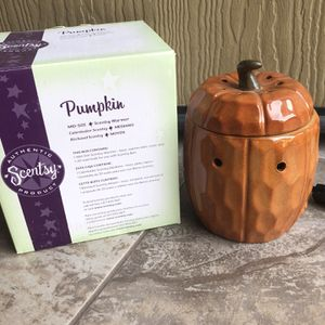 Scentsy Warmer Fall Halloween for Sale in Tempe, AZ