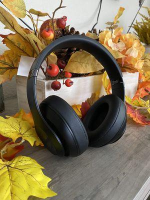 Beats studio 3 wireless for Sale in El Paso, TX