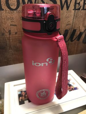 Ion BPA Free pink push flip lock top water bottle for Sale in Elma, WA