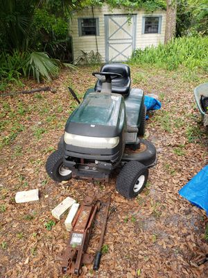 Craftsman riding lawn mower for Sale in Longwood, FL