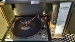 "VINTAGE Zenith ""Sonophone"" record player/speaker cabinet for Sale in Wenatchee, WA"