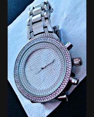 NICE SILVER WATCH !!!!!!!! NEVER USED!!!! YES, IT WORKS! 👻🎃👻 for Sale in Henderson, NV