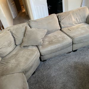 Large Sectional Couch! Pet Free/Smoke Free Home for Sale in Clovis, CA