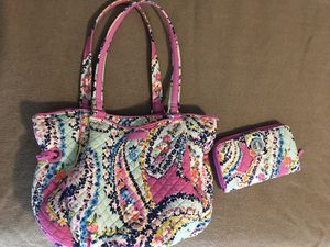 VERA BRADLEY Quilted Purse with matching Wallet for Sale in Beverly, WV