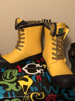 C Wonder Lace Up Rubber Rain Boots size 6 (fits 7-7 1/2) for Sale in Atlanta, GA