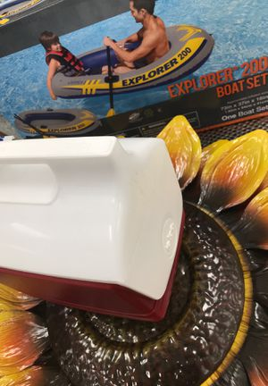 "Explorer Boat Raft with Mini ""Igloo"" Cooler Set for Sale in Nashville, TN"