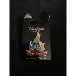 Disney Magic Kingdom Mickey Pin for Sale in Baldwin Park, CA