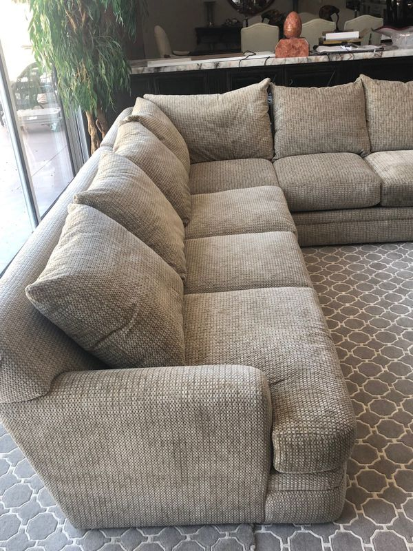 Beautiful Duck Feather Sectional Sofa *PRICE IS NEGOTIABLE!*