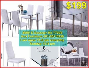 5 pieces dining room table set for Sale in Houston, TX