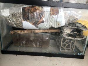 10 Gallon Aquarium for Sale in Houston, TX