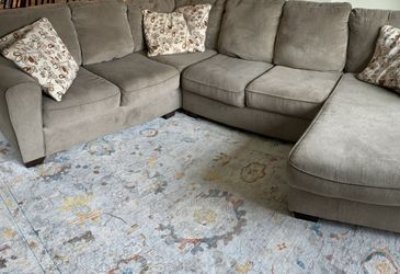 Couch for Sale in Yelm,  WA