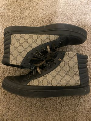 Mens authentic gucci shoes size 13 for Sale in San Marcos, TX