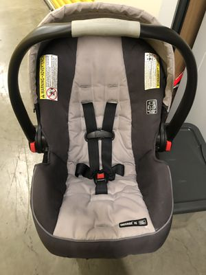 Graco Car seat & Stroller for Sale in Compton, CA