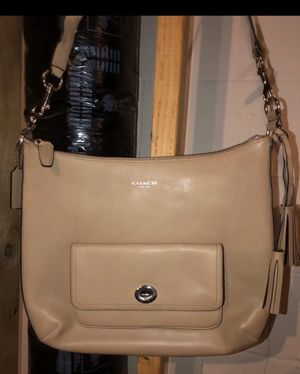 Authentic Coach Hobo Bag for Sale in South Harrison Township, NJ