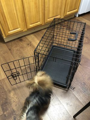 Small dog crate for Sale in Queens, NY