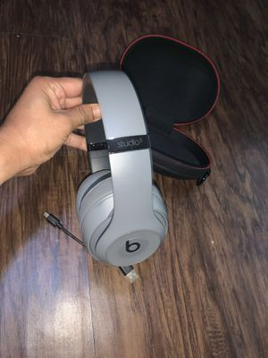 Wolf Gray Studio 3 Beats Wireless w/Active Noise Cancelling for Sale in San Antonio, TX