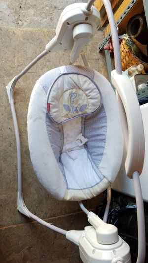 Baby swing for Sale in Compton, CA
