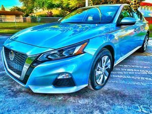 2019 Nissan Altima for Sale in Hialeah, FL