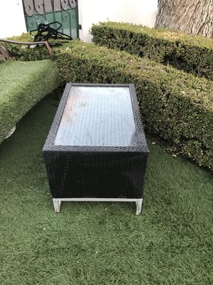 Table for Sale in Los Angeles, CA