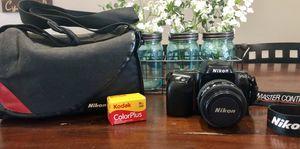 Nikon F50 SLR film camera body w/AF Nikkor 35/70mm 1:3.3-4.5 lense for Sale in Peoria, AZ
