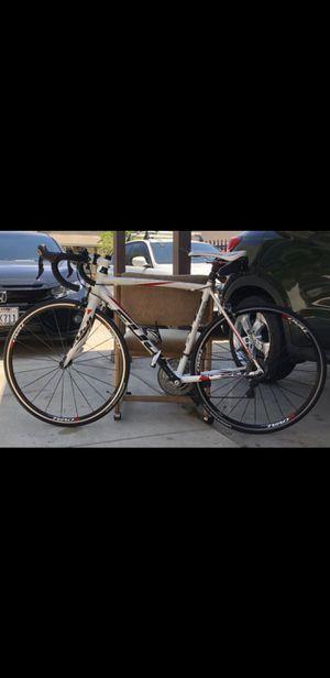 Size 54 Fuji Road Bike - Like New! for Sale in La Mirada, CA