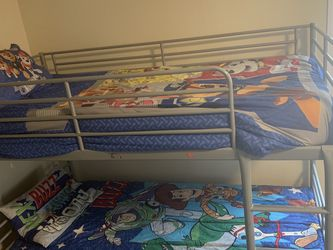 Twin Bunk Bed for Sale in Lake Forest Park,  WA