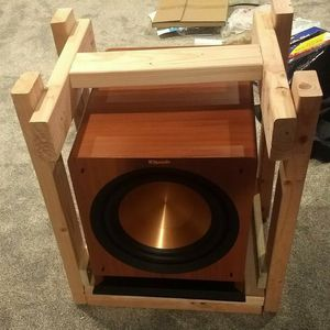 Klipsch r112sw Subwoofer In Great Condition for Sale in Monroe Township, NJ