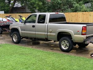 2001 chevy Silverado for Sale in Cleveland, OH