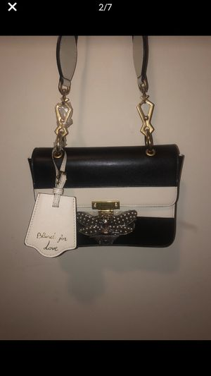 Gucci Queen Margaret Quilted Black and White Calfskin Shoulder Bag for Sale in Alexandria, VA