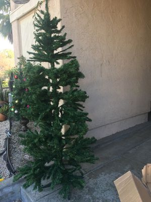 Christmas tree 🎄 for Sale in Vista, CA