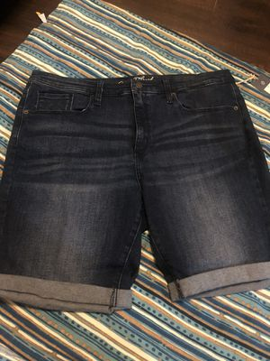 Denim shorts women's size 18 New for Sale in Long Beach, CA