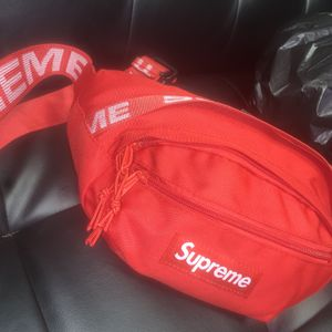 Supreme Red Waist/Shoulder Bag for Sale in Los Angeles, CA