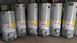 Water heater gas natural nuevos for Sale in Bakersfield, CA