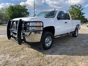 2013 CHEVY SILVERADO 2500 for Sale in Orlando, FL